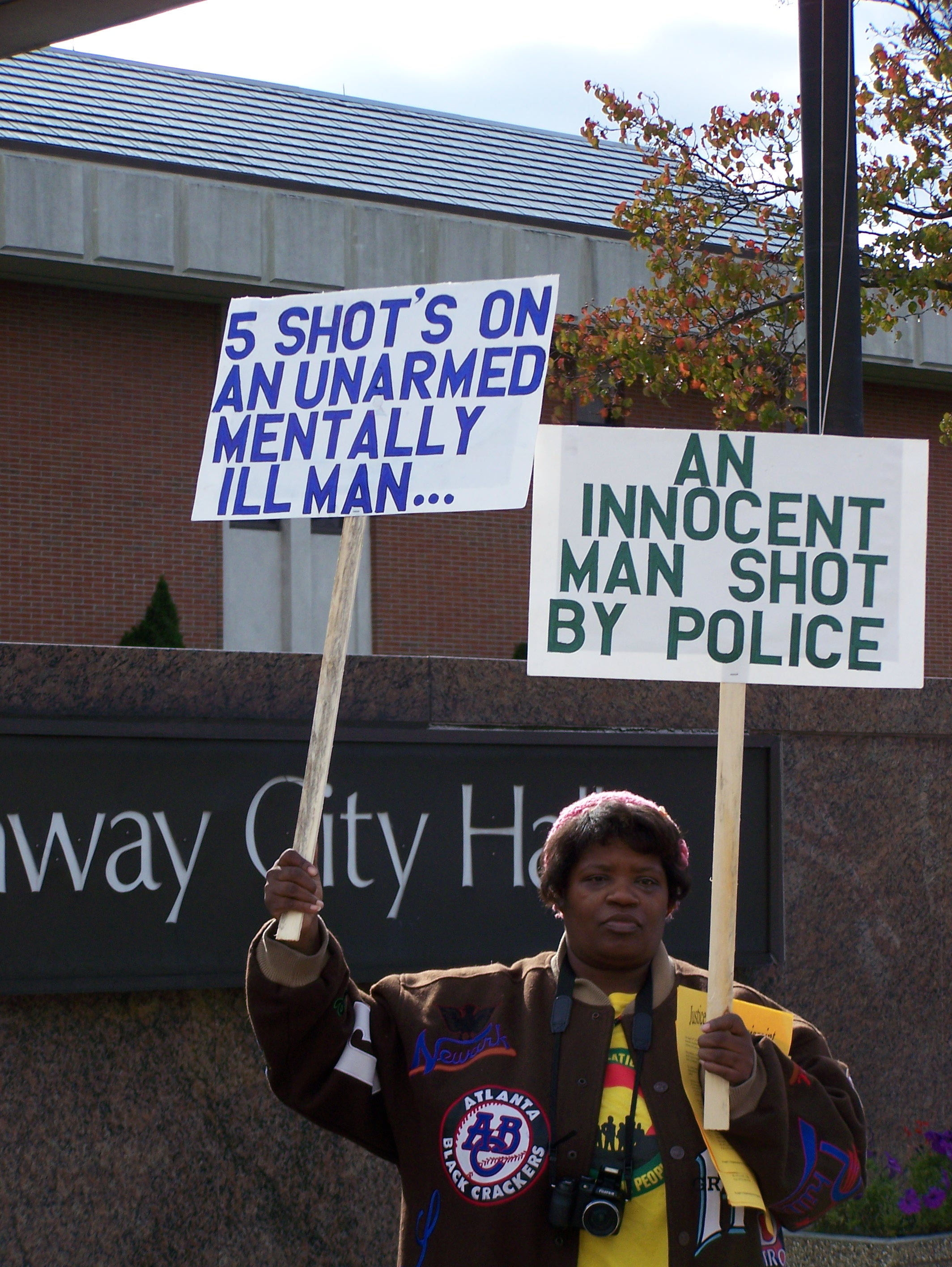 Rally against police shooting of Fritz Louissaint. James Carey of the People's Organization for Progress explains why POP is helping Fritz. Learn more here!